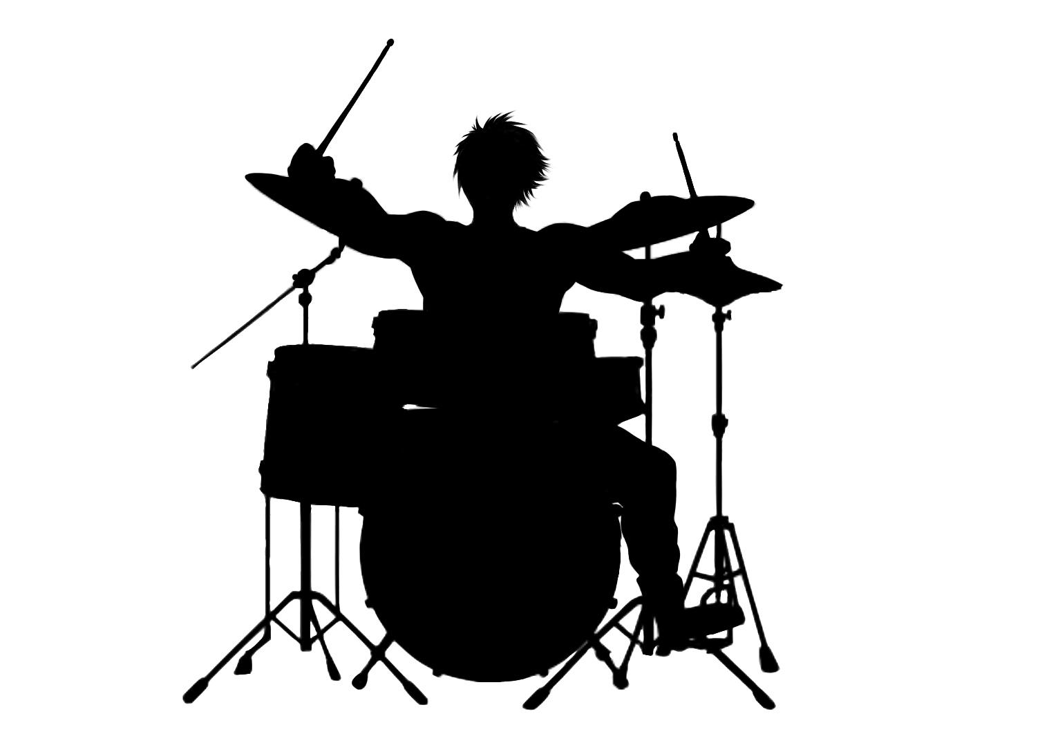 ドラム叩く人