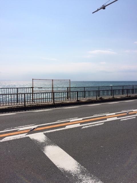 稲村ガ崎駅前